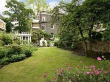 Case de vedete: Keira Knightley si locuinta sa cocheta si confortabila din inima Londrei