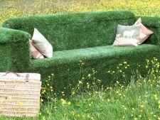 Idei creative pentru decorararea gradinii cu gazon artificial
