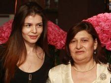 Monica Gabor, mesaj dur pe Facebook, dupa ce a fost criticata pentru omagiul aduc mamei sale de 1 Ma