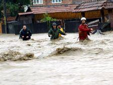 Ploile provoaca ravagii in tara! Cod portocaliu de inundatii in noua judete