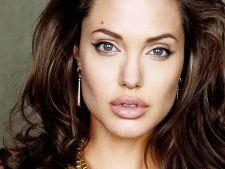 Angelina Jolie supusa unei noi operatii, dupa dubla mastectomie