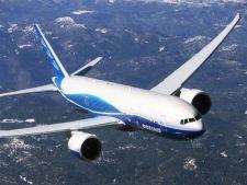 Un avion cu peste 200 de persoane la bord, dat disparut in Asia