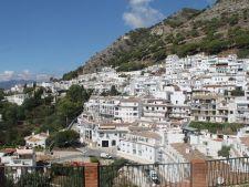Spania, in colaps financiar.! Sate intregi vandute cu cateva mii de euro