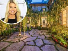 Lasa-te inspirat de locuinta romantica din Beverly Hills a cantaretei Jessica Simpson