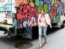 Cum iti creezi un look umitor cu ajutorul jeansilor