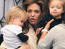 Angelina Jolie vrea sa ii mai faca un urmas lui Brad Pitt! Vedeta isi va ingheta ovulele