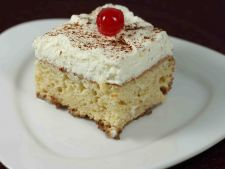 Tort Tres Leches