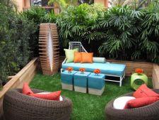 Asorteaza accesoriile mobilierului de curte si gradina cu decorul