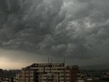 Semnal de alarma: un nor de praf ar putea ajunge deasupra Romaniei
