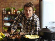 Gateste de Paste cu Jamie Oliver! -  Kebab de miel la gratar cu salata picanta