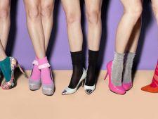 Invata sa porti sandalele cu sosete! Iata 5 ponturi!