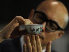 A dat 36 de milioane de dolari pentru o ceasca de ceai!