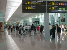 Un virus mortal ameninta Europa. Cod rosu pe aeroporturi