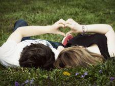 Primavara suntem mai romantici. Afla cum justifica specialistii acest lucru!