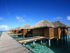 Vacanta de vis pe valuri: bungalourile acvatice din Bora Bora si Maldive
