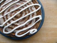 Desert delicios si crocant: placinta cu scortisoara si cu nuci pecan