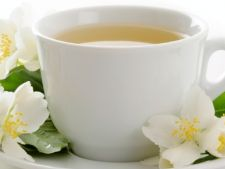 Beneficiile ceaiului alb. Vezi ce efecte are asupra siluetei si longevitatii!