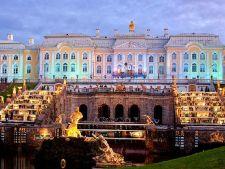 Cele mai frumoase gradini: Peterhof, varianta ruseasca a gradinilor Versailles
