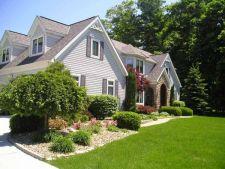 Ingrijeste spatiul verde din jurul casei cu cele mai bune produse de gradinarit!