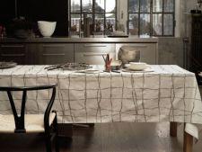 Asorteaza fata de masa cu mobilierul