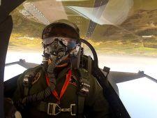 Concurs de selfie-uri intre pilotii militari: Imagini uluitoare surprinse in timpul misiunilor!