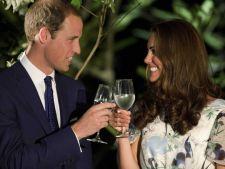 Kate Middleton, insarcinata cu gemeni! Casa Regala confirma