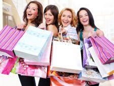 Au inceput reducerile. Iata ce haine si accesorii poti cumpara acum mai ieftin!