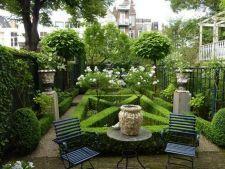 5 modele de gradini pentru relaxare maxima. Uite cum poti amenaja spatiul verde de acasa!
