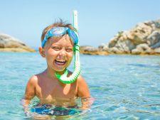 4 masuri obligatorii pentru siguranta copilului la mare