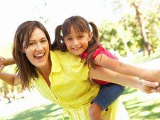 S-a descoperit cel mai simplu mod de a creste un copil activ si sanatos