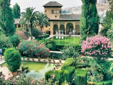 Cele mai frumoase gradini: Alhambra, paradisul cu aer islamic al Spaniei