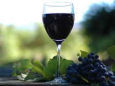 Cat vin trebuie sa bei ca sa te apere de bolile de inima