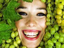 Strugurii, secretul frumusetii de toamna. 6 beneficii uluitoare pentru pielea ta