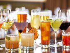 Cocktailuri delicioase preparate din cate 2 bauturi
