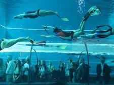 Cea mai adanca piscina din lume, mai mare decat statuia lui Iisus din Rio de Janeiro. Iata cum arata