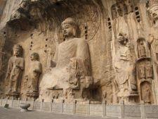 Iti vine sa crezi ca sunt reale? 5 locuri incredibile sculptate in piatra