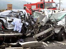 Imagini terifiante de la accidentul cu zeci de victime provocat de un roman
