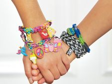 Advertorial: Rainbow Loom - bratarile fenomen ale anului!