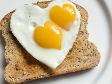 Mic dejun contracronometru: Idei gustoase si satioase care nu iti rapesc mai mult de 5 minute