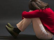 Cum sa tii depresia departe: scapa de monotonie, renunta la alcool si fa...