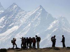 Tragedie! Cel putin 24 de alpinisti au murit!