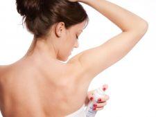 Folosesti spray impotriva transpiratiei? Uite care sunt adevaratele efecte ale antiperspirantelor!