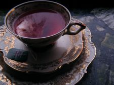 Ceaiul de napraznic, planta care chiar trateaza cancerul. Ce alte beneficii incredibile ascunde?