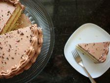 Cum sa faci un tort in doua straturi. Reteta cu blat si crema de cafea ca la mama acasa!