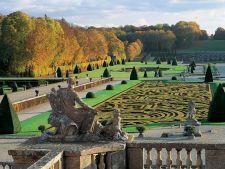 Gradina Chateau de Vaux-le-Vicomte, o comoara baroca a Frantei