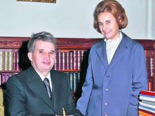 Elena Ceausescu, amanta de profesie? Iata cati barbati i-au trecut prin asternuturi