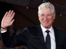 Destainuire soc! Richard Gere: