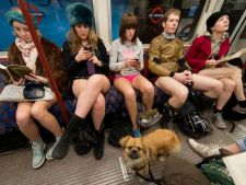 Bucurestenii, la plimbare cu metroul fara pantaloni. Metrorex ameninta cu amenzi