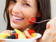 3 deserturi delicioase cu care nu te ingrasi