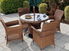 4 solutii ieftine de a da o viata noua mobilierului tau de gradina